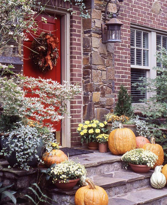 Create a Welcoming Thanksgiving…The DIY Way